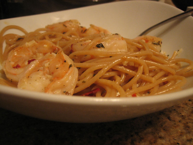bionaturae whole wheat spaghetti in goat cheese sauce with shrimp