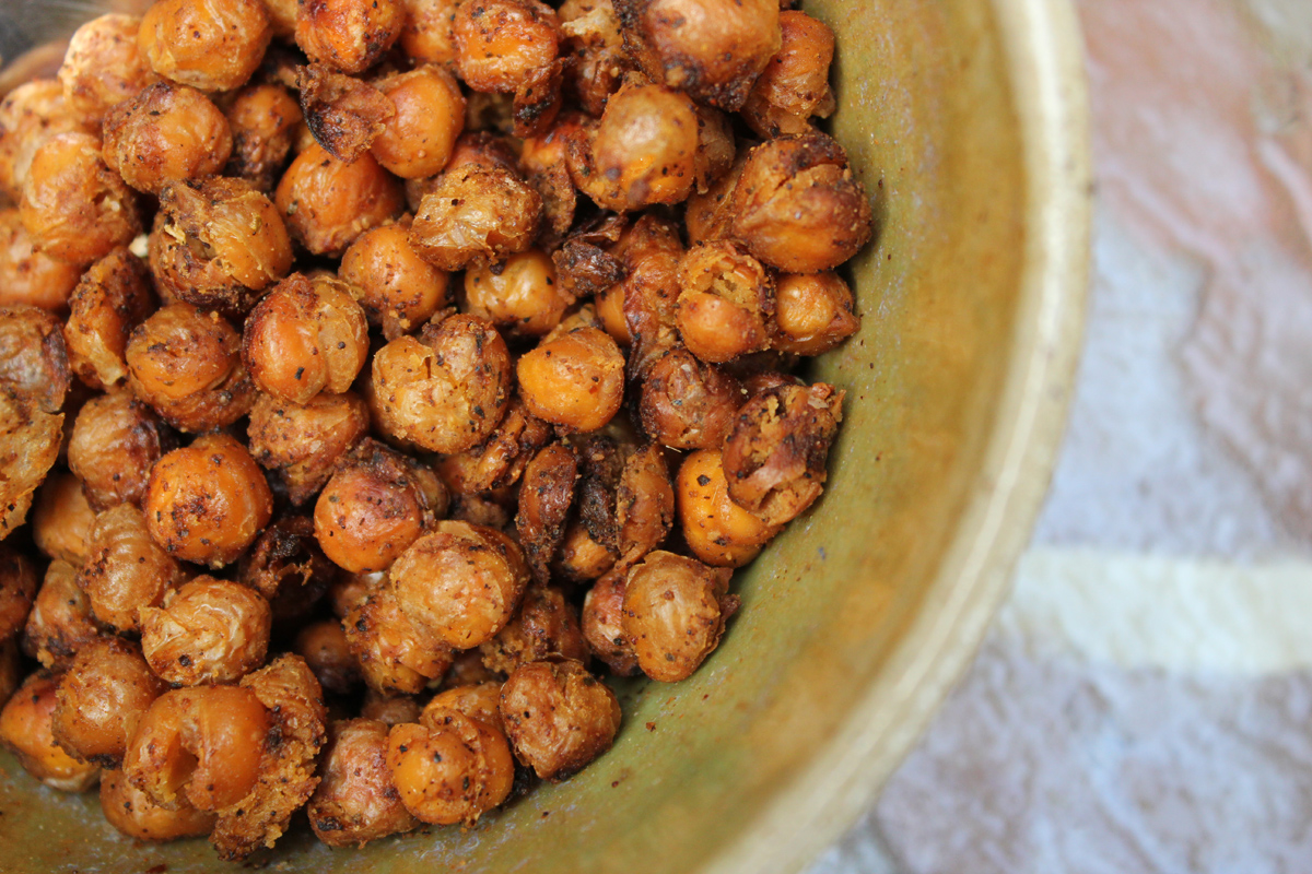 Crispy Chickpeas with Bangkok Spice / Roasted Crispy Garbanzo beans ...