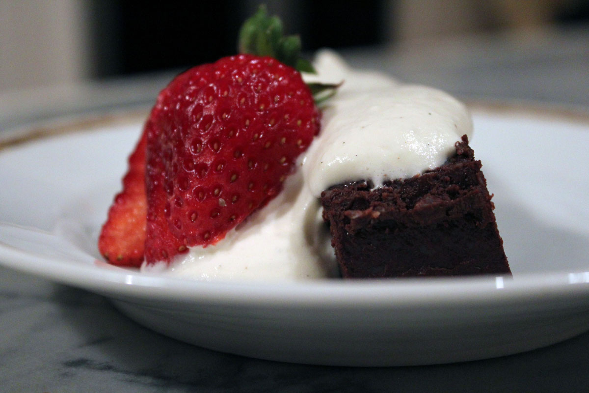 quick flourless chocolate cake with creme anglaise whipped cream