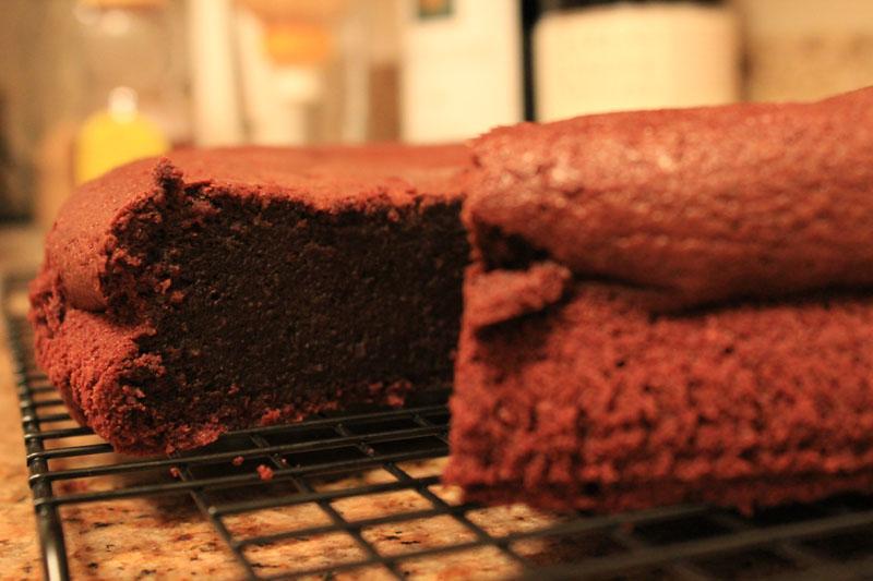 torta caprese - italian flourless chocolate almond cake